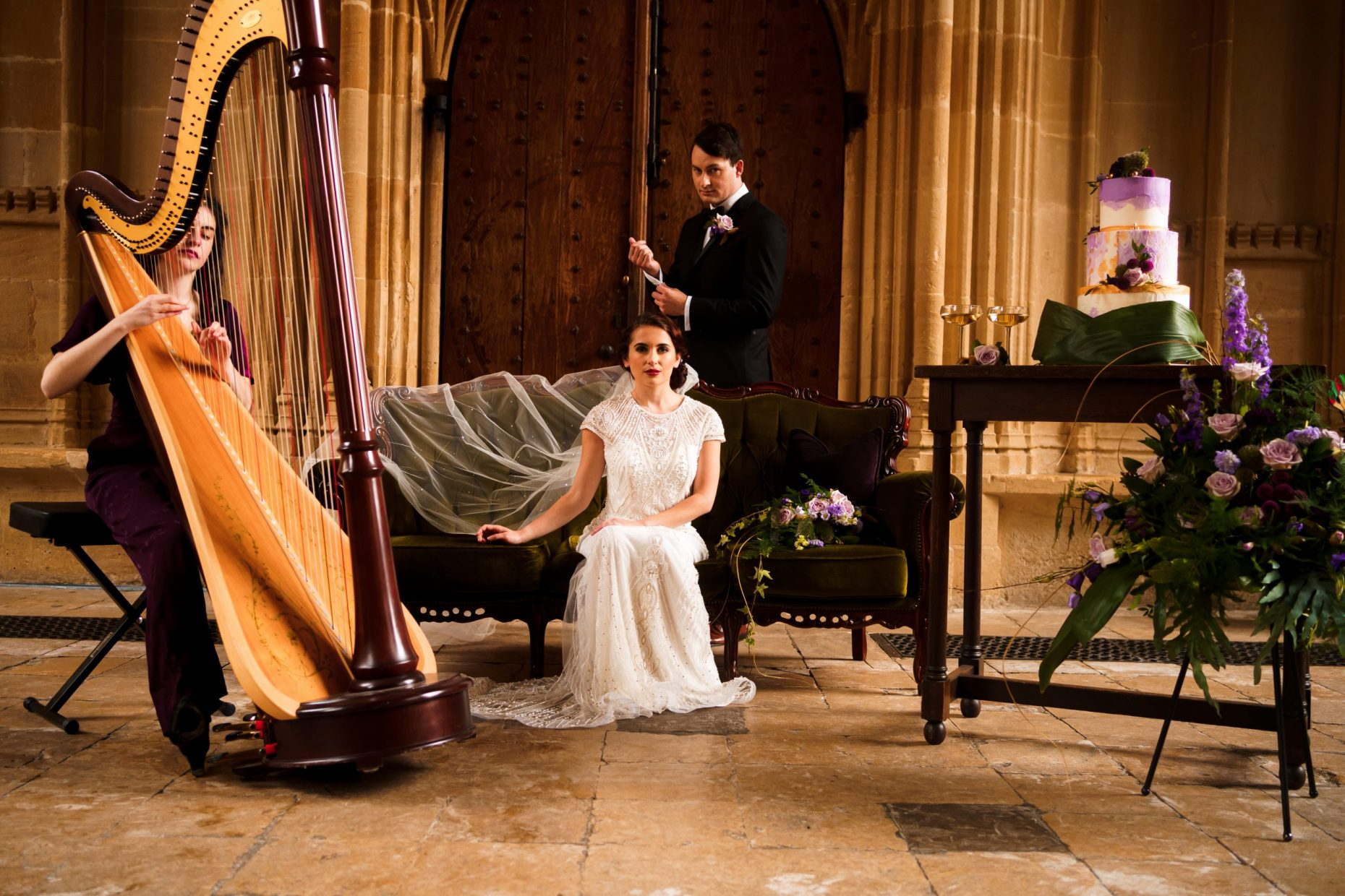 Bride and groom portraits at the Bodleian Library, Oxford